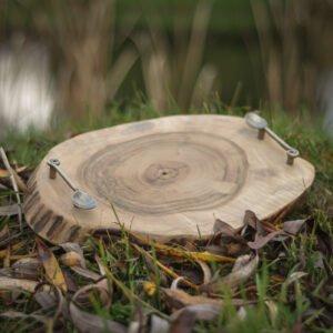 okrągła taca drewniana