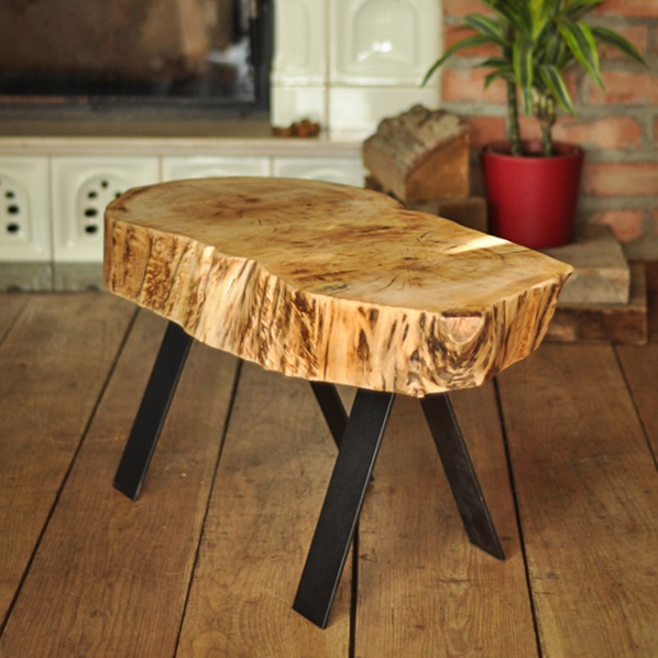 stolik kawowy z plastra topoli