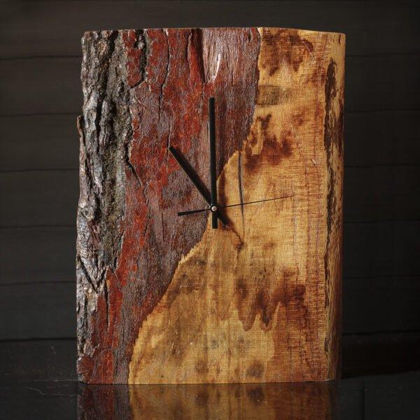 dębowy zegar na ścianę